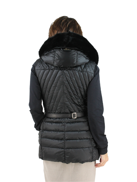 Gorski Woman's Black Quilted Fabric Apres-Ski Vest