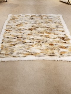 Natural Golden Isle Fox Fur Blanket