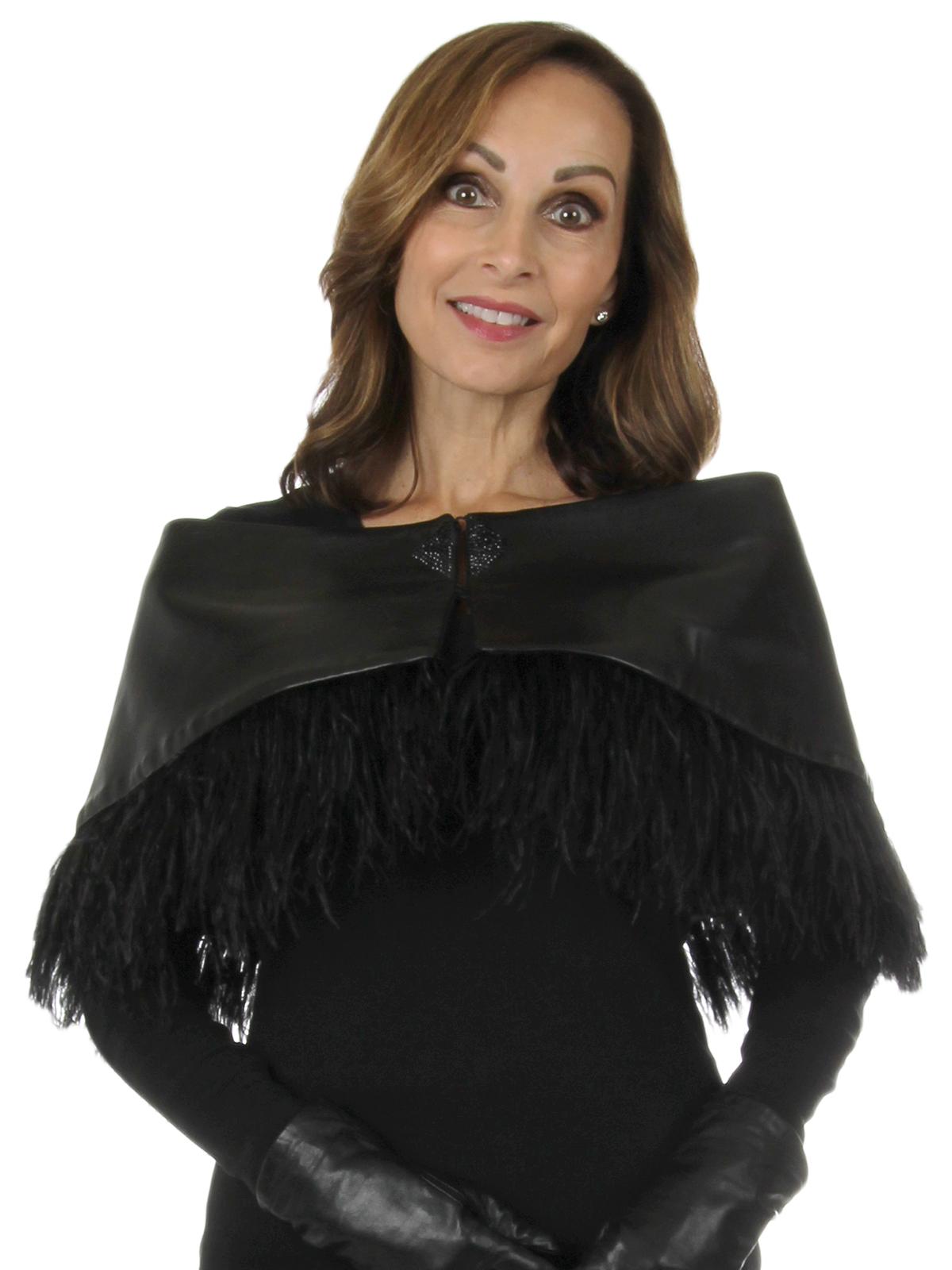 Woman's New Carolyn Rowan Black Robie Leather Stole