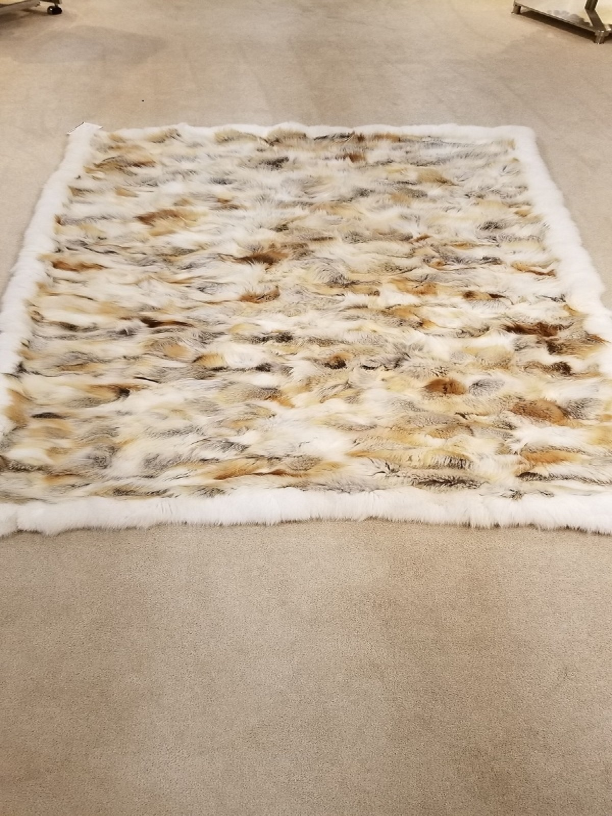 Natural Golden Isle Fox Fur Blanket
