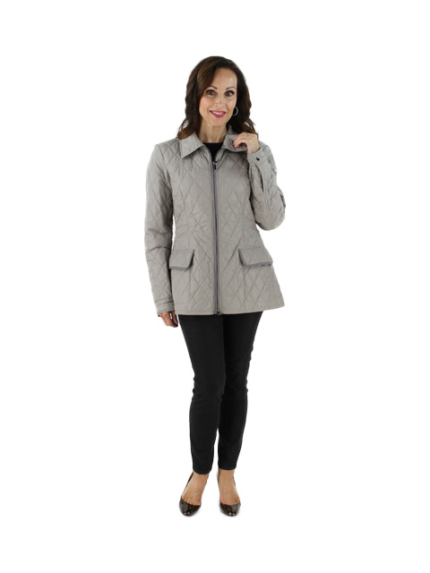 Stunning Tailored Grey Quilted Jacket with Darker Grey Trim