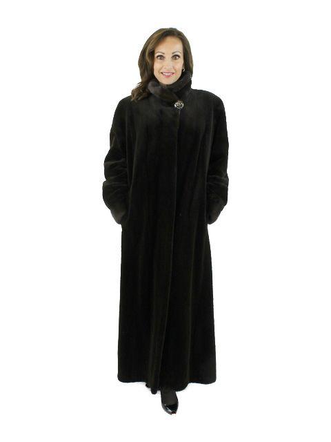Delightful Warm Chocolate Brown Sheared Mink Fur Coat (Mink Collar)
