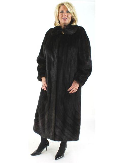 Oh So Stylish Fabulous Mink Fur Coat