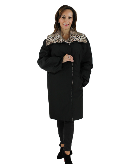 Woman's Black Fabric Raincoat with Lapin Detachable Lining
