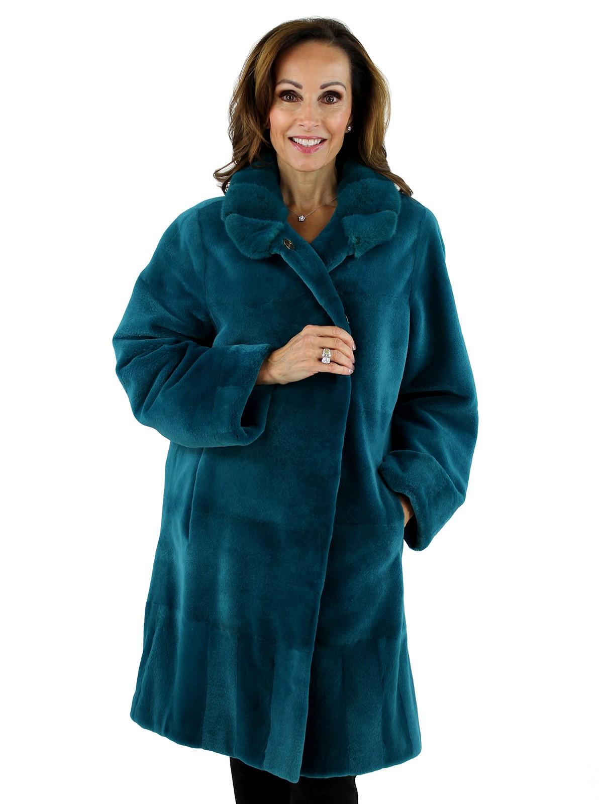 Woman's Teal Sheared Mink Fur Stroller