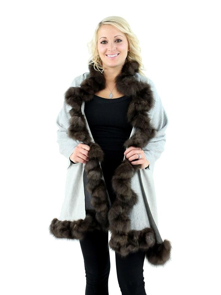 Gorski Woman's Light Grey Cashmere Wool Stole