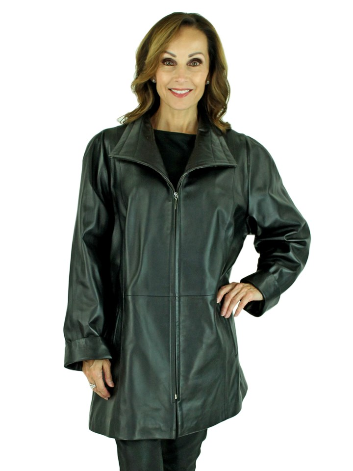 Woman's Black Leather Zipper Jacket
