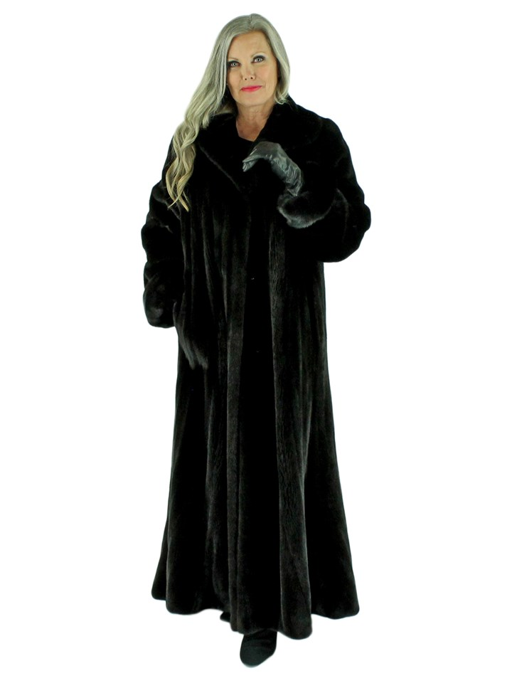 Woman's Blackglama Female Mink Fur Coat